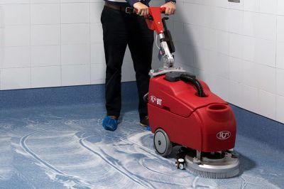 Почистване и поддръжка на подови настилки